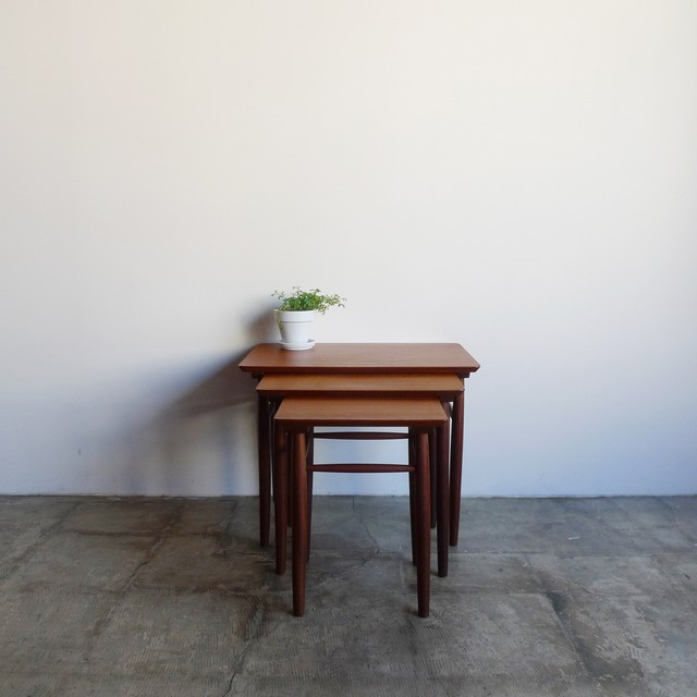 Nesting table / no.1810-TA001-F