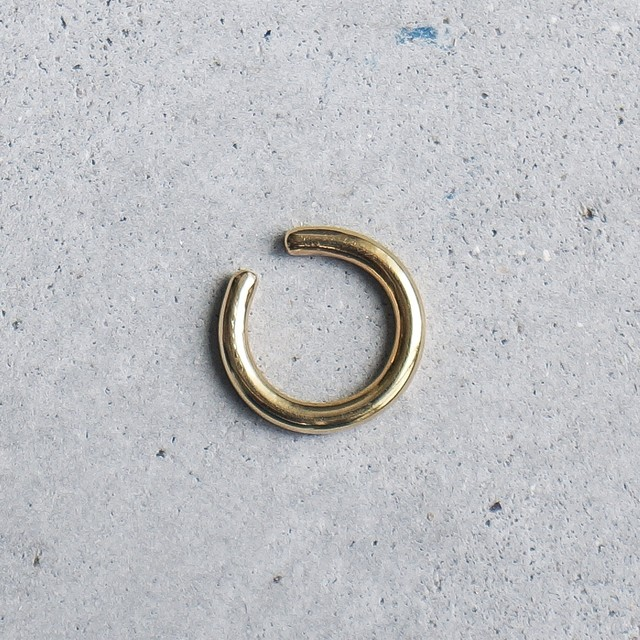 ring  earcuff (brass)