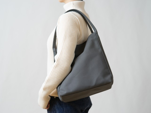 [New]Shiribari tote L チャコールグレー