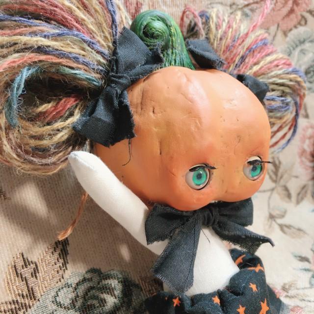 かぼちゃあたまの子(ハロウィンの子)