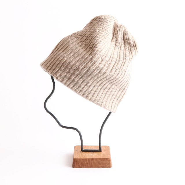 mature ha./long rib knit cap tiny rope lamb/light beige