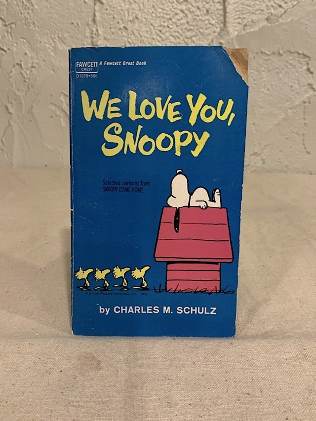 "COMIC BOOK "" PEANUTS SNOOPY """