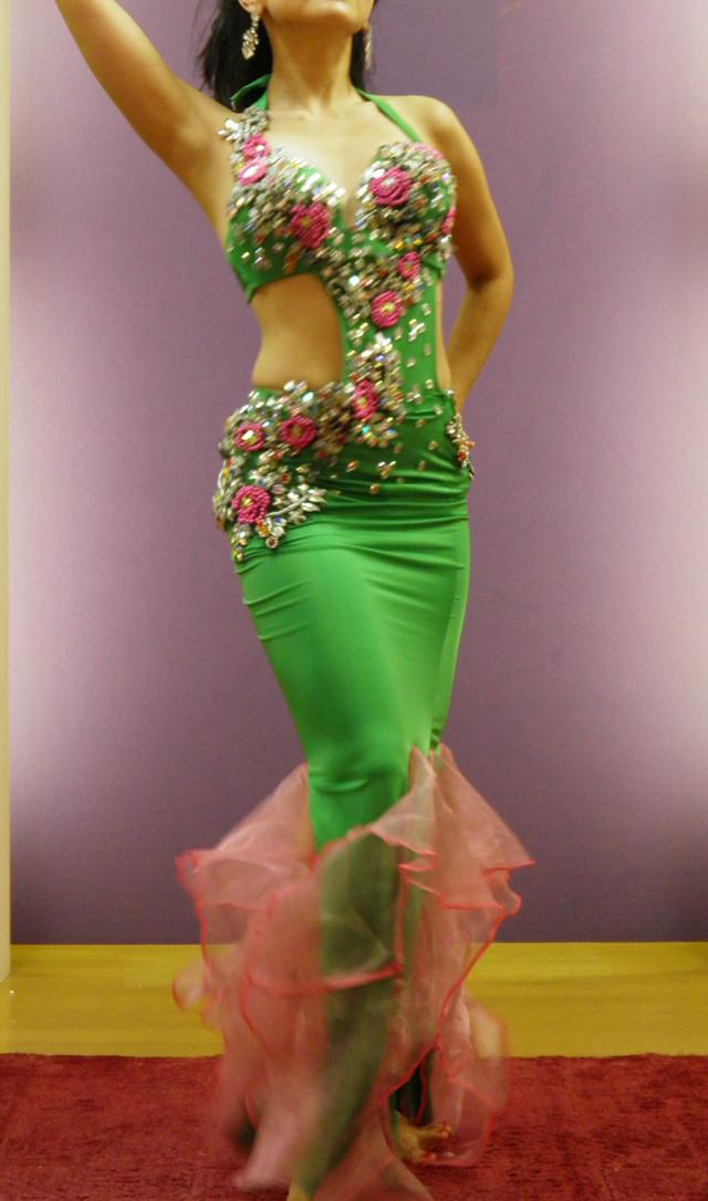 ベリーダンス衣装 ラインストーン ピンク SALE Lovely Butterfly