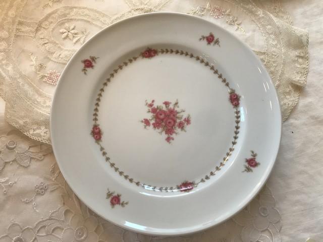 ドイツ ピンクの薔薇プリントお皿  在庫12