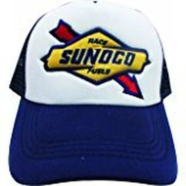 SUNOCOのワッペンがついたメッシュキャップ
