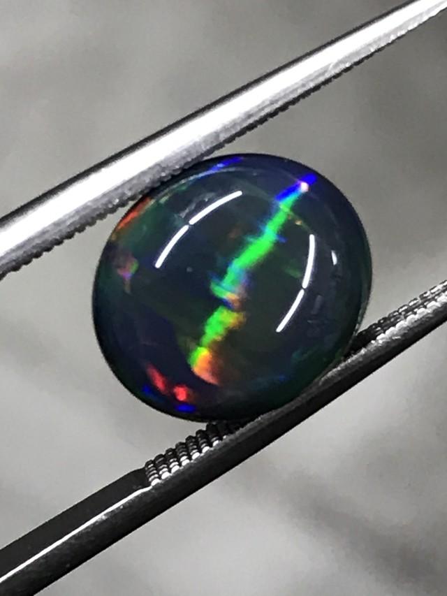 【要在庫確認・ご連絡下さい】【価格はお問い合わせください】虹色の眼差し☆ブラックオパールキャッツアイ 2.564ct