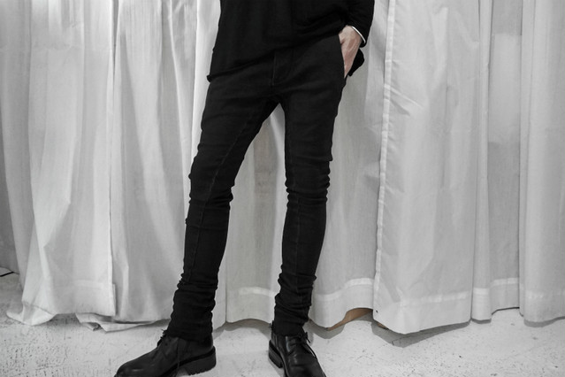 thomkrom / Skinny Denim / BLK