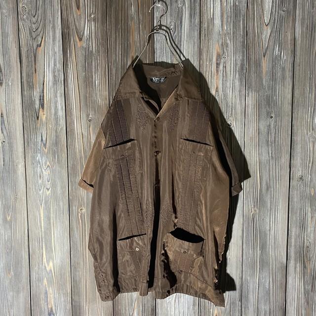 [used]darkbrown design Cuba shirt