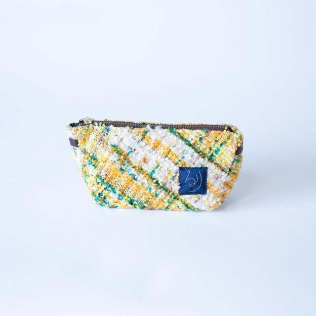 るり織り 三角ポーチ中 - c