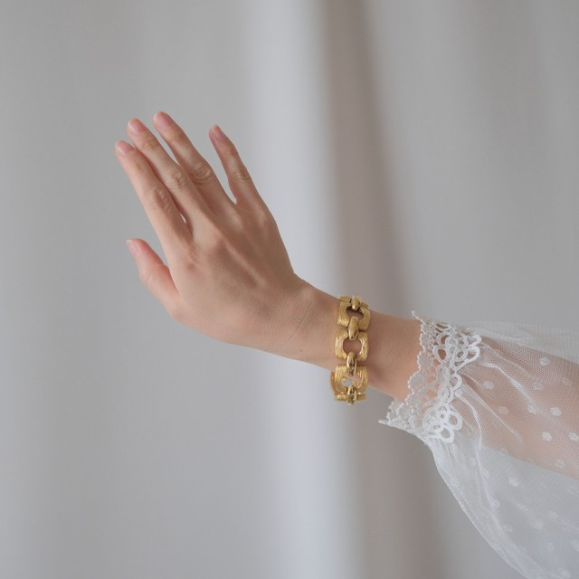 The Feminine Wrist ~ The  Bracelet Collection Edition 7~5