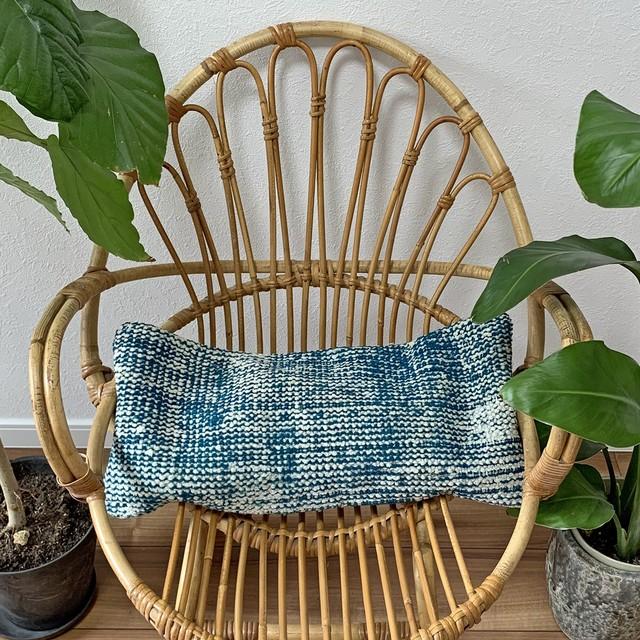 【訳ありSALE】手織り ヴィンテージラグ クッション 長方形ミニ C066