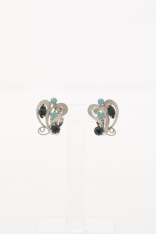 【Run Rabbit Run Vintage 】Blue glass heart earring