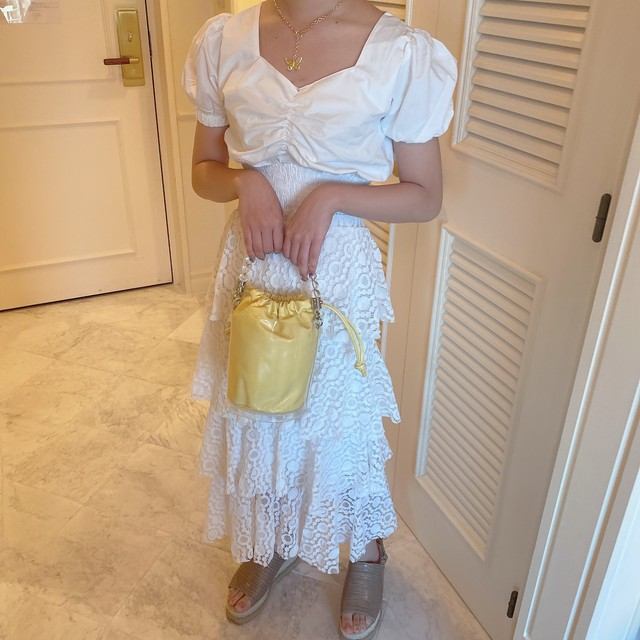 frill lace skirt