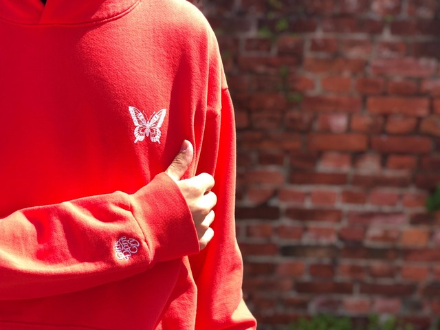 GIRLS DON'T CRY BUTTERFLY HOODIE RED 120JB3900