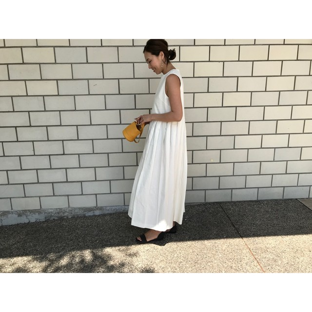 summer pleats dress