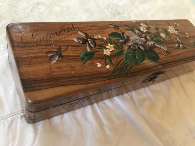 アンティーク木製のペンケース