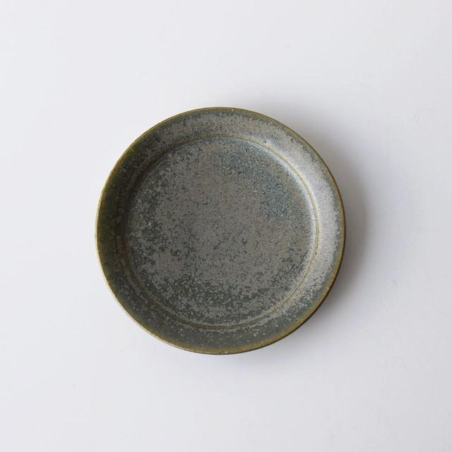 リム皿4寸 緑錆 渡邉由紀