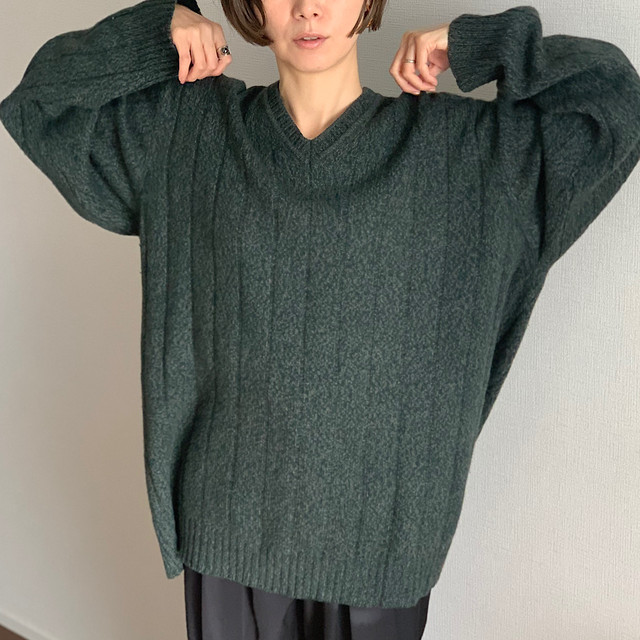 【3日間限定 TIME SALE】【UNISEX】Vintage green oversized vneck knit