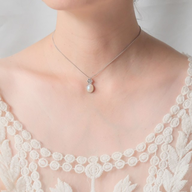 The Louvre Pendant Collection Edition 30 11
