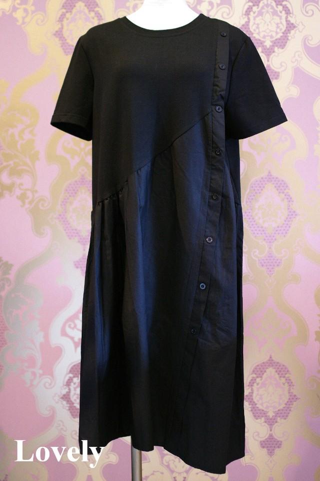 【アパレル・ワンピース】斜めボタン Tシャツワンピース・ブラック