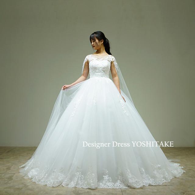 挙式用白ドレス(パニエ付)肩からチュールを裾まで流れる/上半身レース&ビジュー