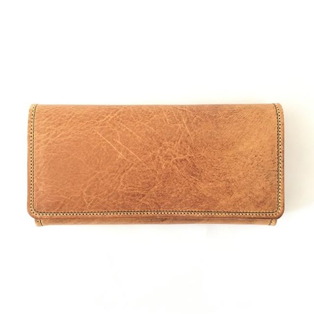 自然な模様の長財布