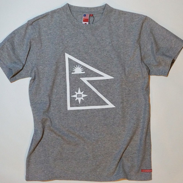 UUU. -Nepal Flag T-Shirt(GRAY)