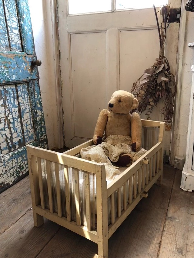 H様専用 木製ドールベッド