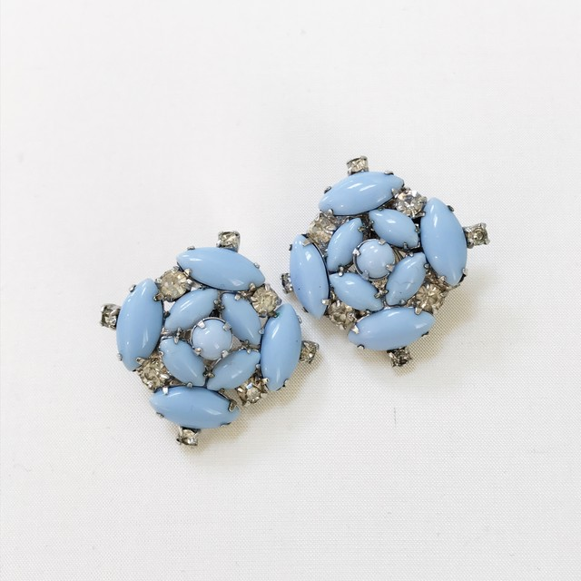 vintage earrings 766