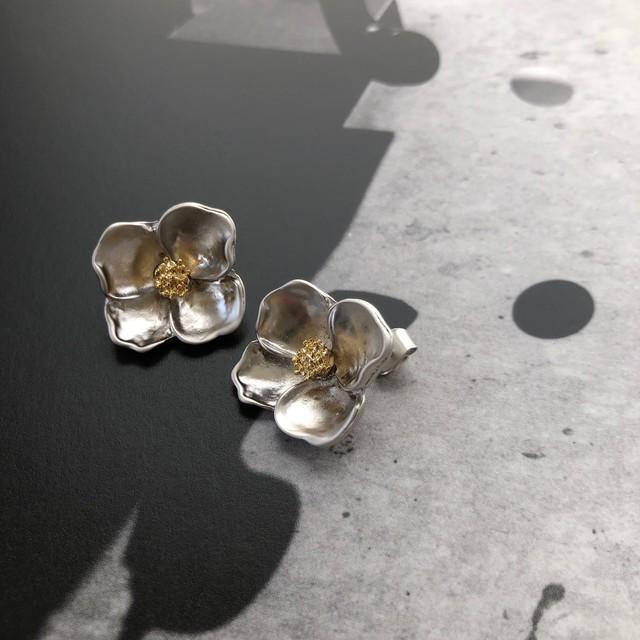 """ by no. Lala ""  flower pierce (silver)"