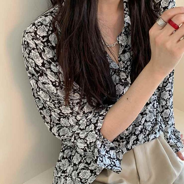 花柄シフォンシャツ