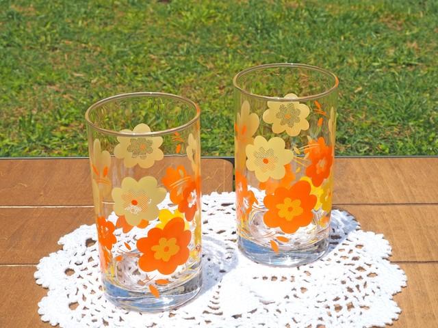 昭和レトロ かわいいお花柄のグラス レトロポップ