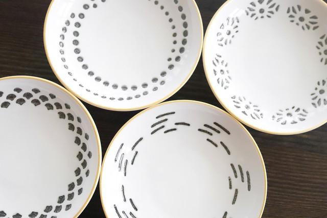 『蛍手』『小皿4枚セット』『GOLD』     *透彫 透明の釉薬 美しいディテール 白い小皿 手書きゴールド