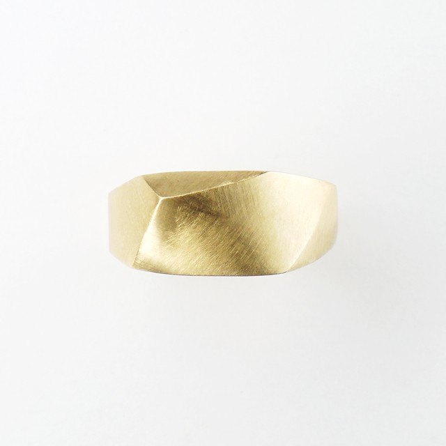 Terra solid ring