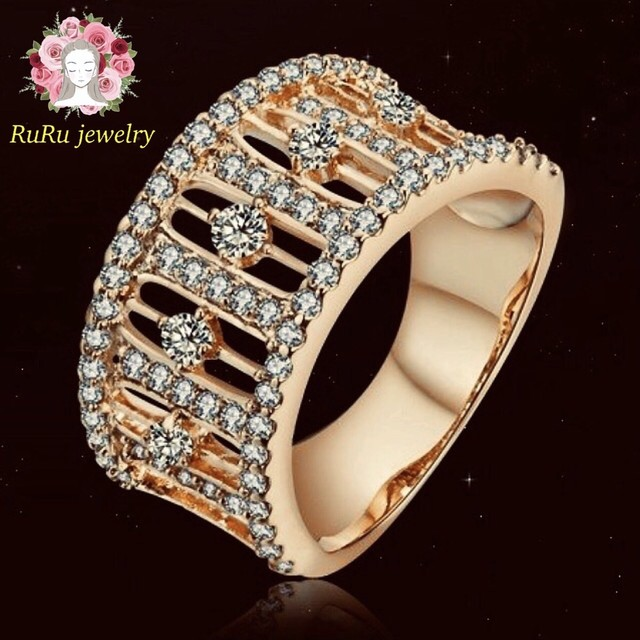 Antique(ring)