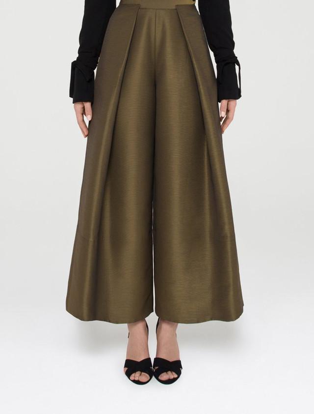 Wool Crepe Cropped Pants