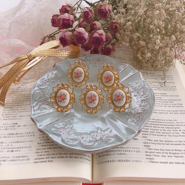 Vintage Rose Cabochon & Heart Frame _ Ring ♡
