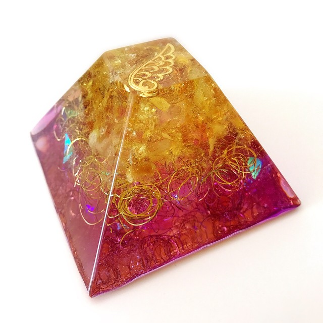 【結婚運UP・幸せな家庭を築きたい方へ】ピラミッド型オルゴナイト・152~シトリン~