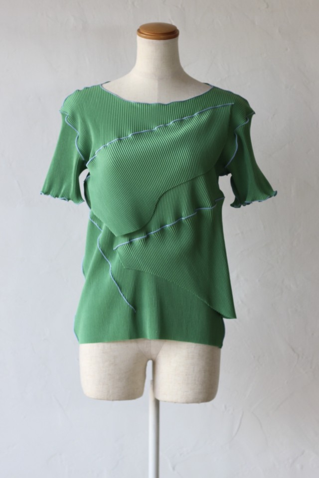 【kotohayokozawa】pleats top short sleeve-green