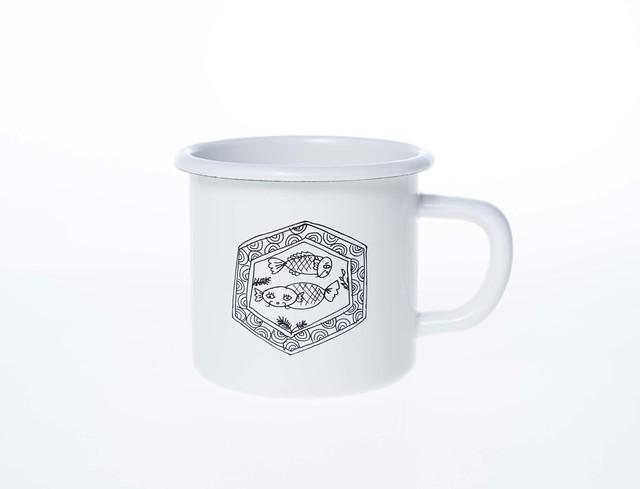 田辺京子さんのホーローマグカップ