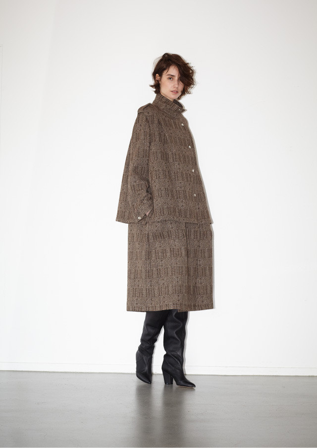 Plaid dot bt trench