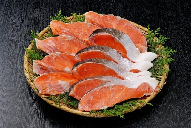 天然紅鮭 厚切り10切れ