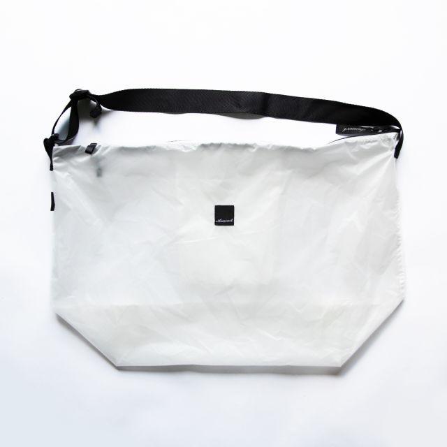 【Answer4】 Shoulder Bag (White)