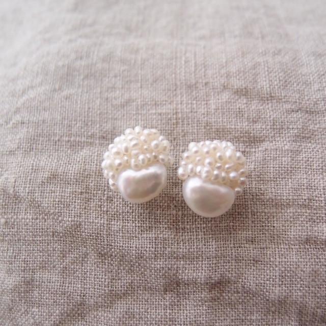 【真珠の刺繍ピアス】petit beans × seed pearl