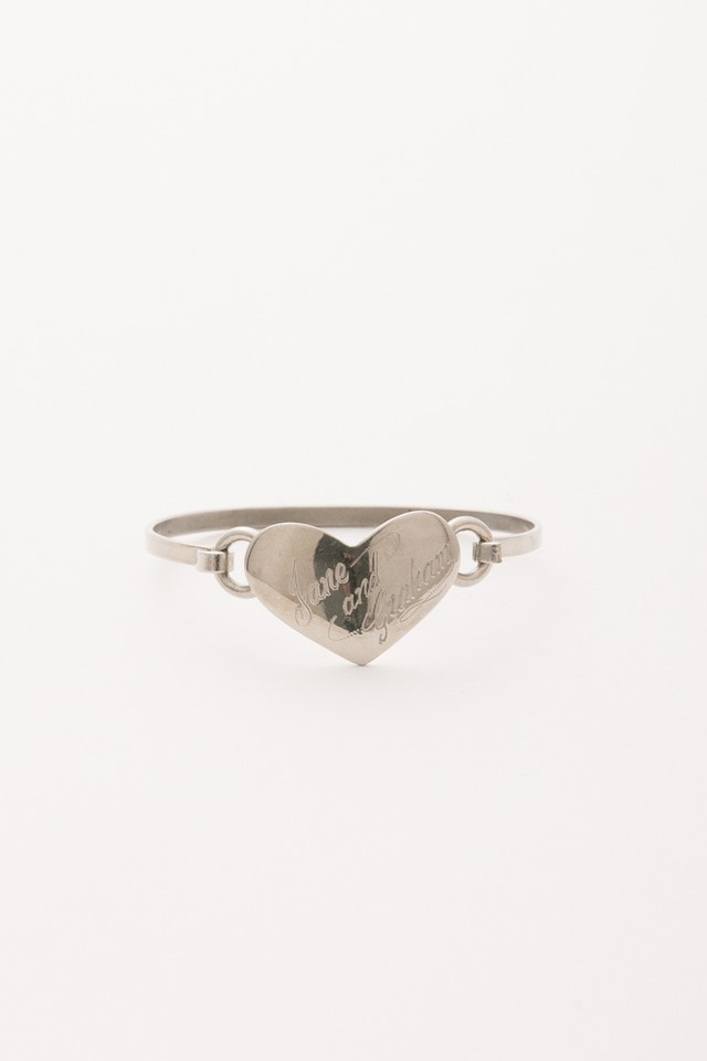 【Run Rabbit Run Vintage 】Silver color heart bangle