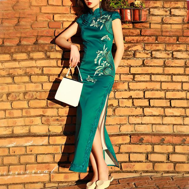 チャイナドレス チャイナ風服 二次会 女子会 スタンドネック 半袖 ロング丈 大きいサイズ S M L LL 3L 4L 気品ある 上品 黒い ブラック