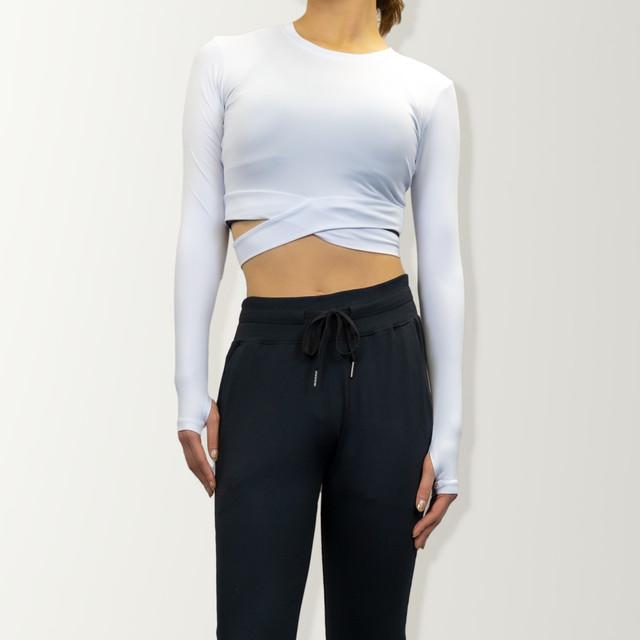 タイトフィットロングスリーブTシャツ(import)