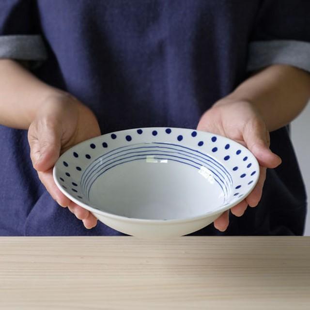 ドットライン リム楕円小鉢・中【波佐見焼き】