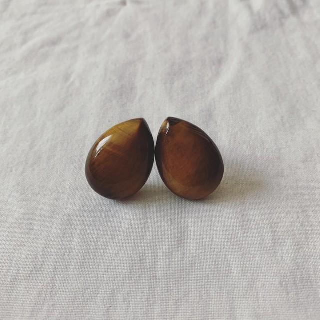 vintage teardrop earring