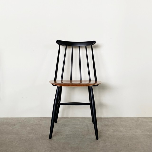 Fanett chair by Ilmari Tapiovaara / CH025